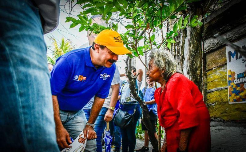 Julián Ricalde ve necesario proveer de verdaderas oportunidades a todas las familias, en especial en los asentamientos irregulares y zonas rurales. (Foto: Redacción