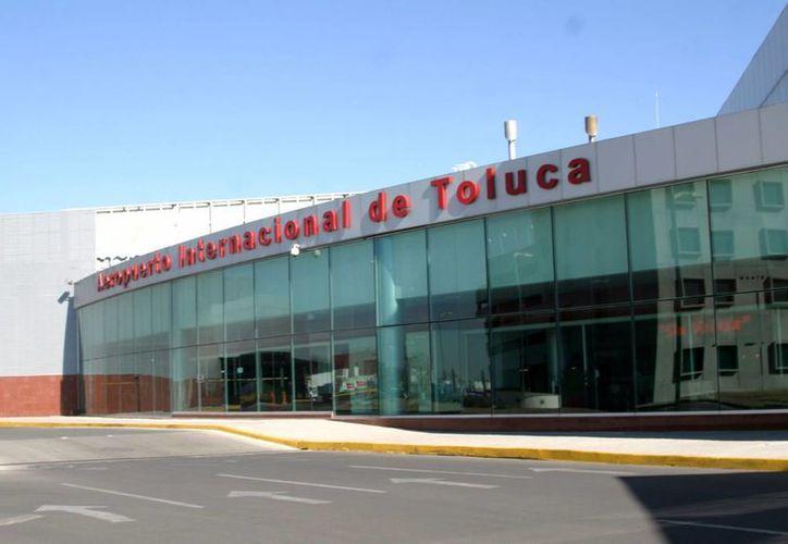 El aeropuerto de la ciudad de Toluca sería el punto de arranque para fomentar el tráfico aéreo. (fuerza.com.mx)