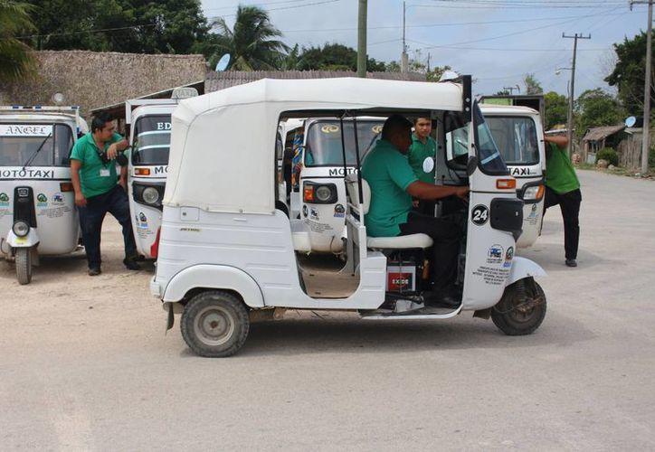 El servicio de moto taxis surgió en el año 2009 (Benjamín Pat/ SIPSE)