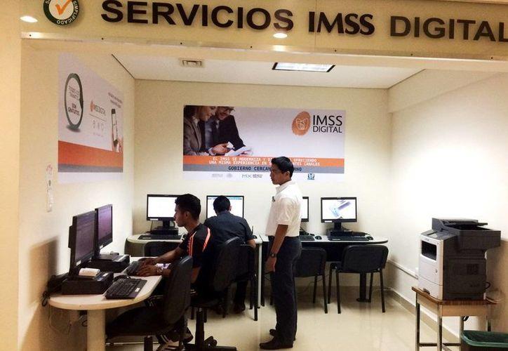 La nueva Sala IMSS Digital, situada en la colonia Pensiones, proporciona de manera gratuita el servicio de equipos de cómputo, Internet y asesoría personalizada, para que los usuarios pueden tener acceso a IMSS Digital y realizar de manera inmediata sus trámites. (larevista.com.mx)