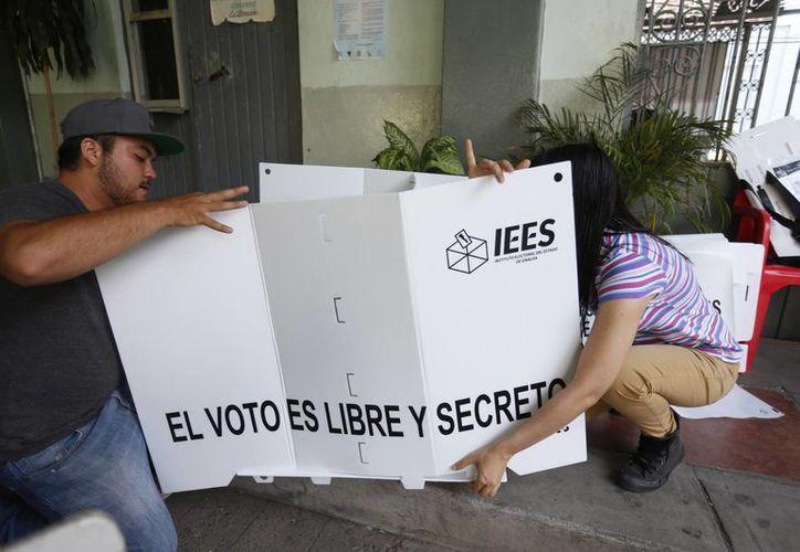 En cuando menos seis estados de la república donde se realizan elecciones este domingo, se han reportado actos violentos. (Notimex)