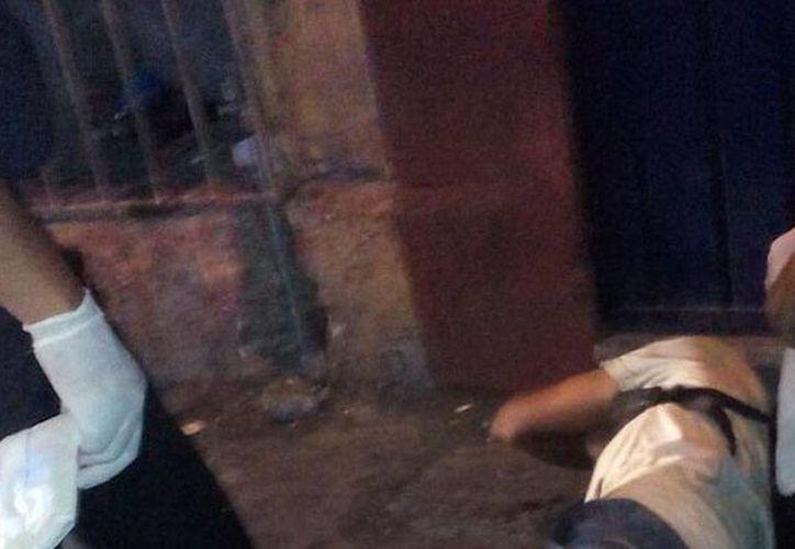 La policía municipal halló malherido a Carlos C., quien fue atacado por un travesti que quiso asaltarlo. (SIPSE)