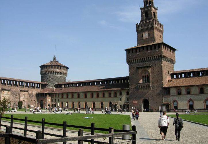 El castillo Sforza de Milán inspiró la construcción del Kremlin de Moscú, edificado por arquitectos italianos que llegaron a Rusia buscando una vida mejor. (boomsbeat.com)