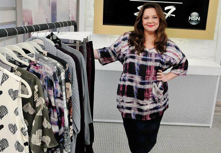 Melissa McCarthy es una de las estrellas de Hollywood que ha denunciado el trato preferencial de diseñadores a mujeres delgadas. (intouchweekly.com)