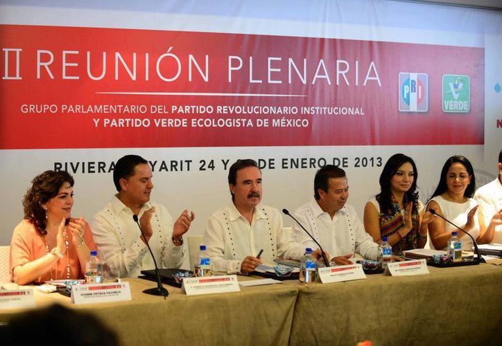 Los senadores priistas se encuentran en sesión plenaria en Nayarit. (pri.org.mx)