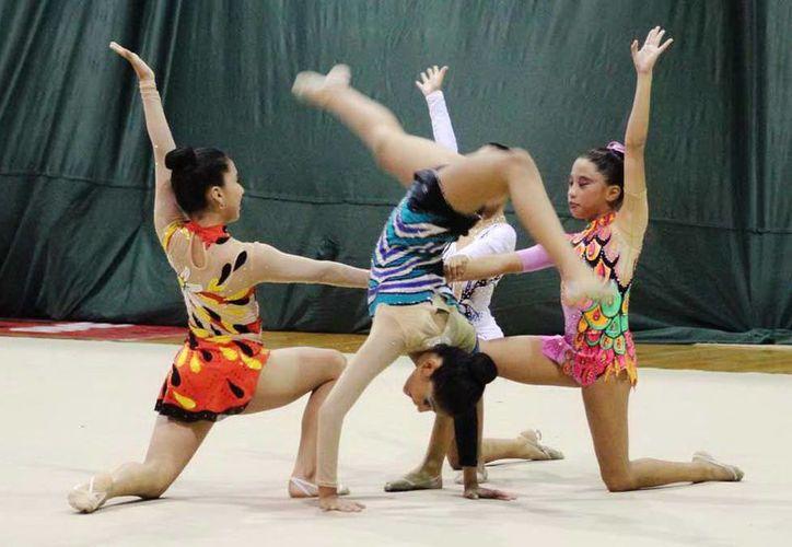 El torneo fue supervisado por la directora técnica nacional de Gimnasia Rítmica, Laura Acosta Rodríguez, con la intención de buscar talentos para el selectivo nacional. (Sipse.com)