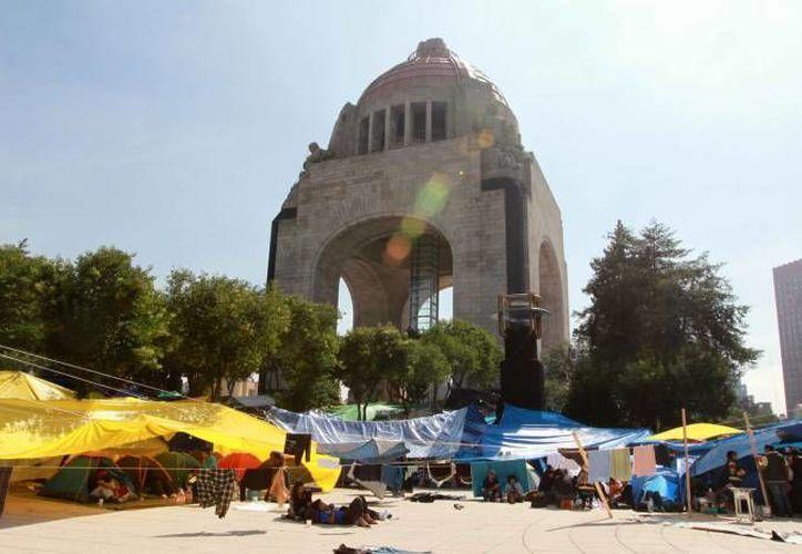 La Plaza de la Revolución ha sido 'rehén' de la CNTE desde el 13 de septiembre. (Notimex/Foto de archivo)