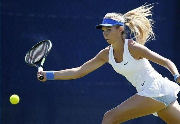 Las tenistas profesionales patrocinadas por la Nike se quejaron por la ropa utilizada en el Campeonato de Wimbledon. (Imágenes tomadas de RT)