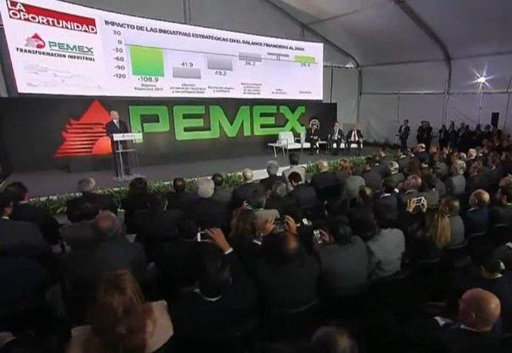 Aspecto de la presentación del Plan de Negocios 2016-2021 de Pemex, el 3 de noviembre de 2016, en la Ciudad de México. (@gob.mx)