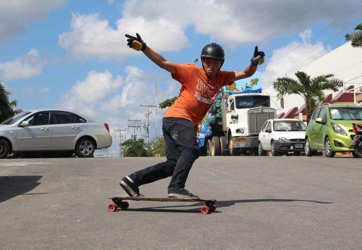 """David Andrade Aguilar obtuvo el segundo lugar de la categoría """"No Hands"""". (Miguel Maldonado/SIPSE)"""