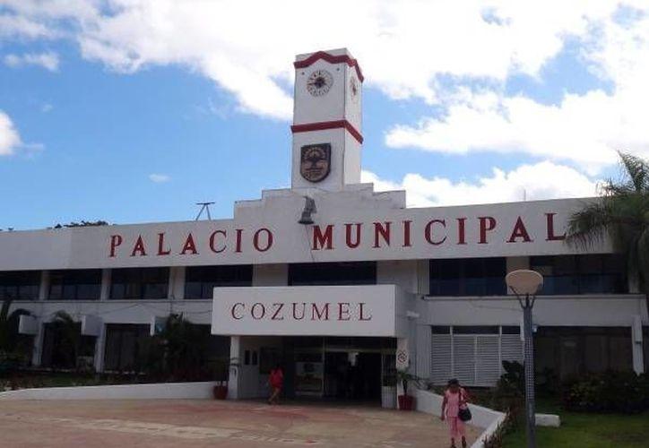 Se brindará atención a la gente de lunes a viernes en el palacio municipal. (Redacción/SIPSE)