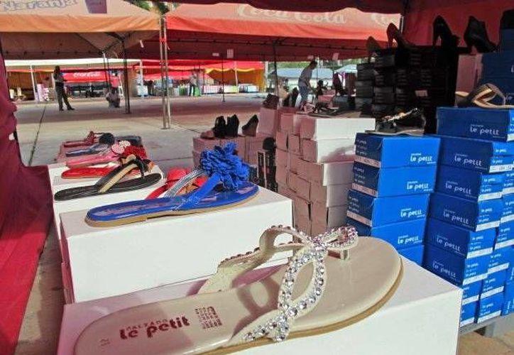 Hoy Ticul distribuye el 90% de su calzado en estados  como Chiapas, Veracruz, Tabasco y Guadalajara. (Milenio Novedades)