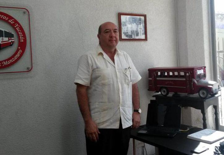 Xavier Arturo Rodríguez, presidente de la Alianza de Camioneros de Yucatán, busca la autoridad hacendaria anule la multa de 114 millones de pesos que les impuso. (Milenio Novedades)
