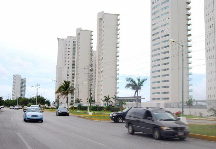 Malecón Tajamar, es uno de los lugares ideales para edificar condominios residenciales. (Tomás Álvarez/SIPSE)