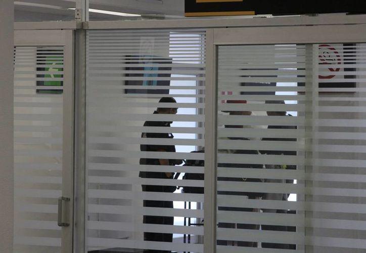 El personal de seguridad privada mantuvo hermetismo sobre los hechos. (Ángel Castilla/SIPSE)