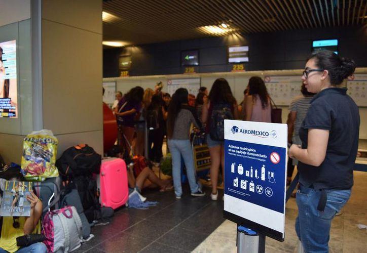 Aeroméxico suspenderá la prestación de boletos a sus trabajadores. (Notimex)