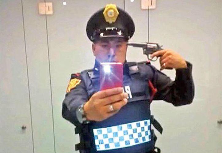 Fuentes de la Policía Bancaria, a la que está adscrito el agente, dijeron que en seis meses no había tenido problemas de conducta. (Excelsior)