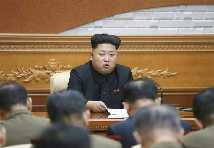 El líder de Corea del Norte, Kim Jong-un, pidió a su Ejército estar completamente preparadas política e ideológicamente. (Archivo/EFE)