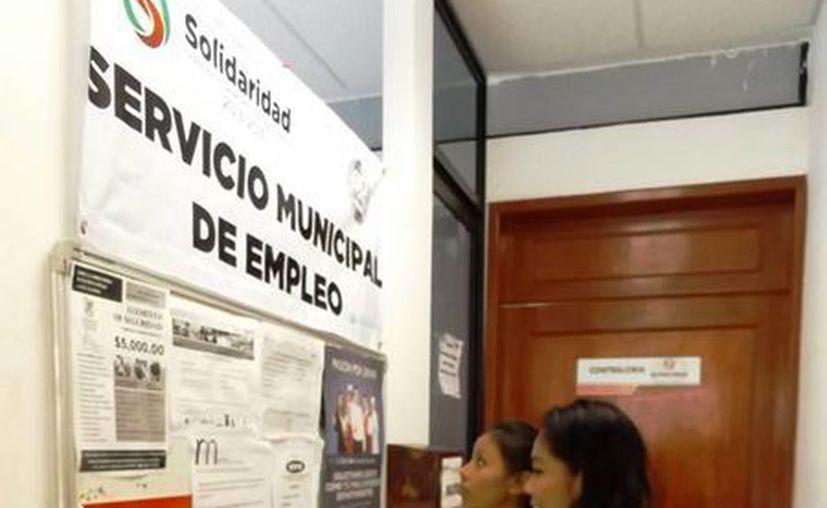 Según expertos en el ramo, la capacitación permite a los trabajadores aspirar a mejores salarios. (Daniel Pacheco/SIPSE)