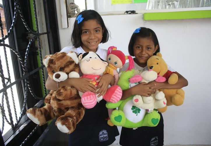 La meta es juntar 400 juguetes nuevos o de medio uso en buen estado. (Harold Alcocer/SIPSE)