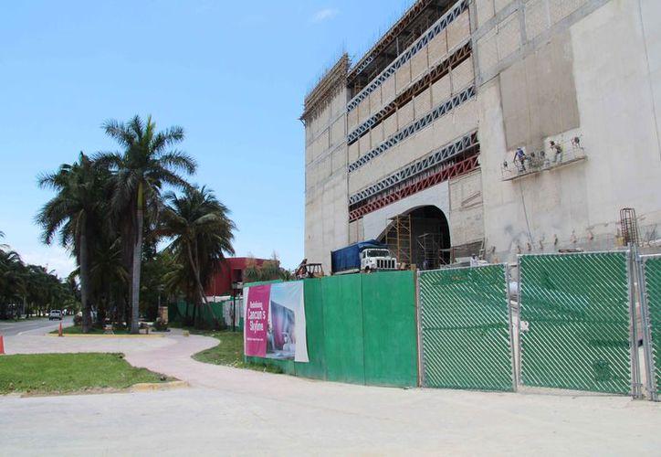 La remodelación del hotel no afectará el tramo de la ciclopista. (Luis Soto/SIPSE)