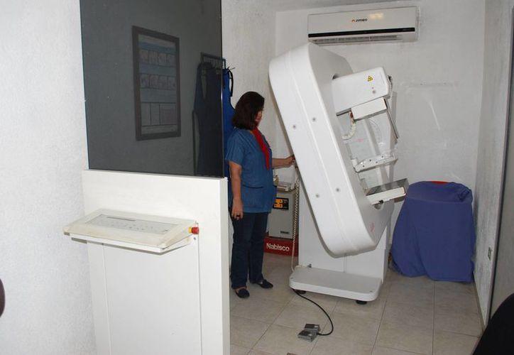 Es el único centro especializado para tratar cualquier tipo de cáncer, y mantiene el interés de cubrir médicamente a los pacientes de las diversas instituciones públicas de salud. (Israel Leal/SIPSE)