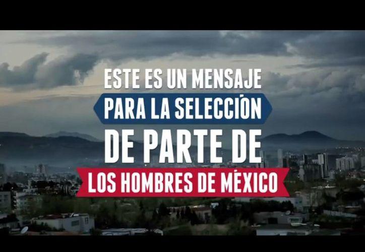 """El spot de Yale comienza con la leyenda """"Este es un mensaje para la selección de parte de los hombres de México"""" y en el cual varios aficionados lanzan duras críticas a los jugadores. (YouTube)"""