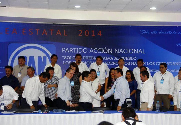 El primer sitio en la lista del Consejo Estatal del PAN fue para el alcalde de Mérida, Renán Barrera Cocha. (Juan Albornoz/SIPSE)
