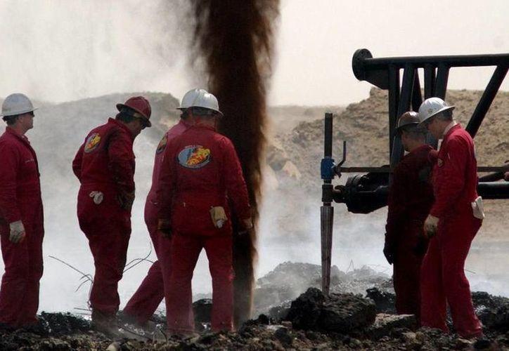 La industria petrolera fue la responsable de crear 427 mil nuevos empleos en Texas a lo largo de 2011. (centinelaeconomico.com)