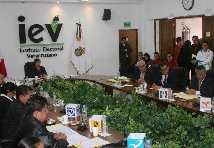 La consejera presidente dijo que el IEV es un organismo autónomo, independiente y sus resoluciones se toman conforme a derecho. (Archivo/Notimex)