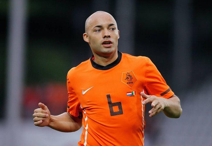 Demy de Zeeuw formó parte de la selección de Holanda que jugó el Mundial de Sudáfrica en 2010. (apeldoorndirect.nl)