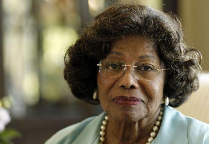 Una juez de Los Angeles dictó tentativamente que Katherine Jackson pague más de 800,000 dólares para cubrir los costos en los que incurrió AEG Live LLC por la infructuosa demanda de Jackson. (Agencias)