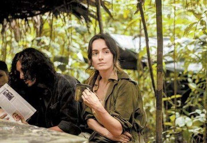La actriz mexicana Ana de la Reguera realizó una exhaustiva investigación bibliográfica para la creación de su personaje en la serie 'Narcos, la cual proximamente será lanzada por Netflix. (Milenio digital)