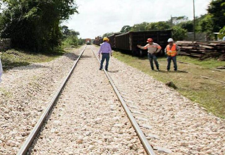 Mejorar la velocidad del tren y ampliar la red ferroviara es una ventaja para los empresarios de Yucatán. (Milenio Novedades)