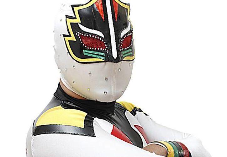 Máscara Sagrada Jr. tiene más de 26 años de trayectoria en la lucha libre nacional. Ahora en su etapa como luchador independiente busca nuevos retos. (luchalibreaaa.com)