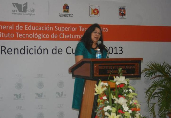 Estela Rivera López develó las metas y compromisos de la institución para este 2014. (Cortesía/SIPSE)