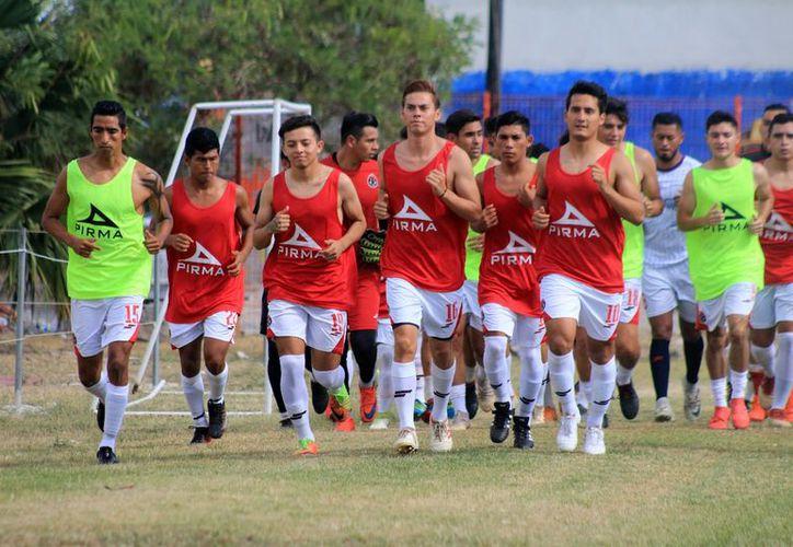 Exhortaron a los jugadores para brindarse al máximo en esta nueva era. (Ángel Villegas/SIPSE)