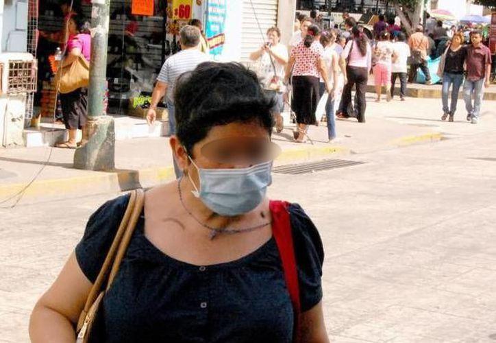 Los virus causantes de estos males respiratorios se transmiten de persona a persona a través de las gotitas de saliva que expulsamos al toser o estornudar.  (Milenio Novedades)