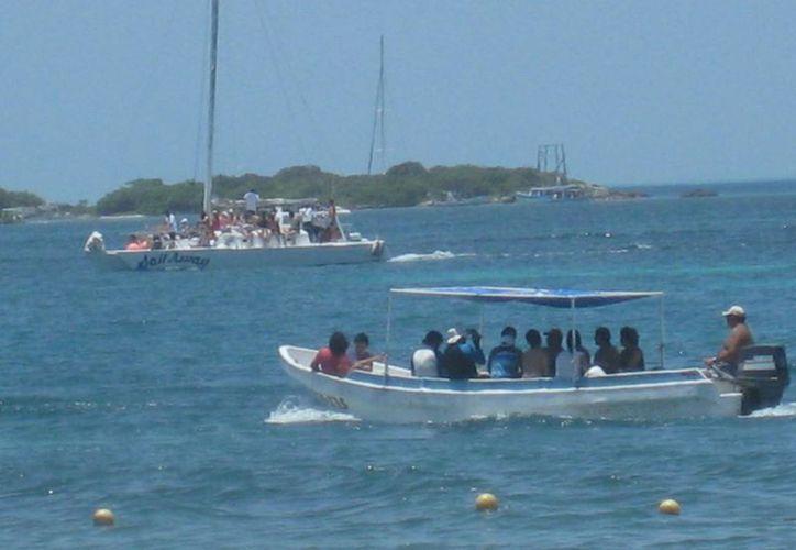 Continúan paseos turísticos por la zona de El Farito y Machones. (Lanrry Parra/SIPSE)