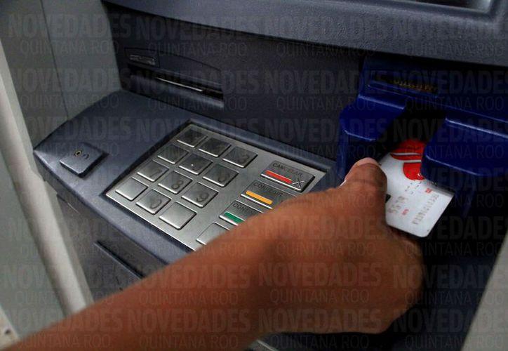 Se han registrado casos de fraude electrónico a través del Sistema de Pagos Electrónicos Interbancarios. (Paola Chiomante/SIPSE)