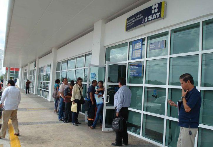 Señalan que las fallas de la nueva plataforma afecta a los contribuyentes. (Miguel Ortiz/SIPSE)