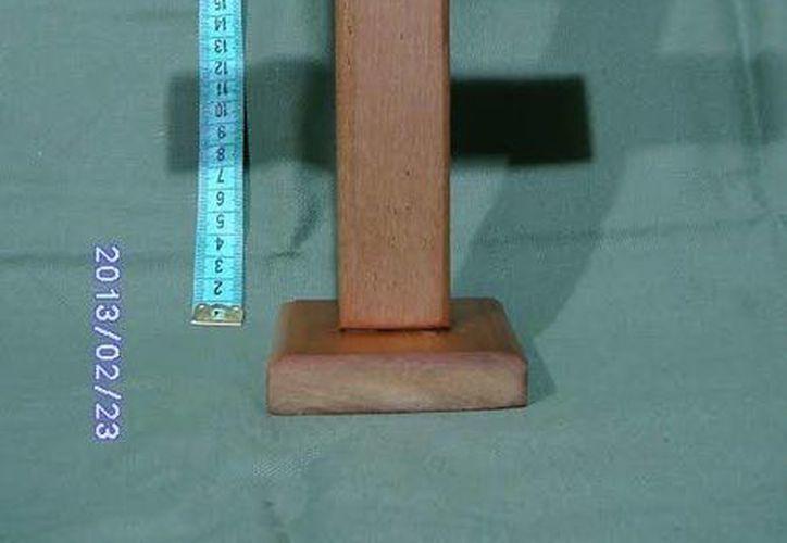 El amuleto de la 'cruz de la suerte' es parecido al de la imagen, pero esta trabajado y personalizado. (Jorge Moreno)