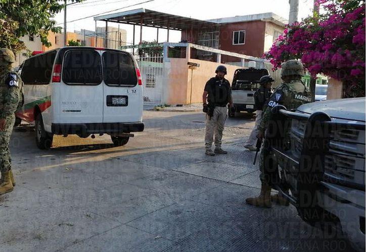 Elementos de la Policía Municipal, Marina y Guardia Nacional, realizaron el operativo. (Rubén Darío/SIPSE)