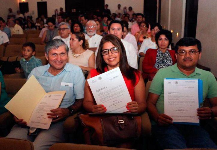 Profesores de la Uady recibieron un reconocimiento por haberse certificado con 'perfil deseable'. (Oficial)
