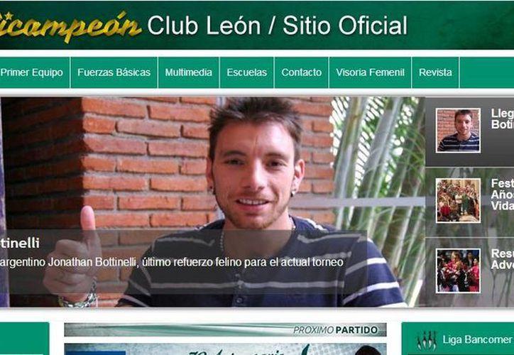 Jonathan Botinelli ya está en el León a las órdenes del entrenador Gustavo Matosas, quien este miércoles fue ratificado en el cargo. (clubleon-fc.com)