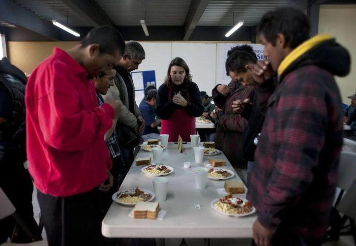 La Fiscalía Especializada brindó atención médica, psicológica y alimentación, a los migrantes rescatados en Chiapas. (Notimex/Foto de contexto)