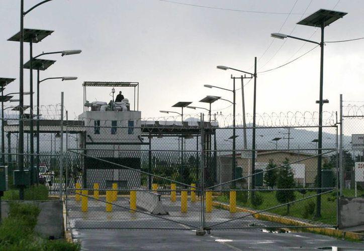 Renato Sales aseguró que se deben mejorar los esquemas de seguridad que operan en las prisiones del país. Imagen de contexto del Penal de Puente Grande, Jalisco. (Archivo/Agencias)