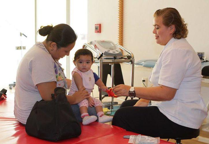Actualmente se atienden a 24 niños en las etapas prenatales, perinatales y posnatales. (Redacción/SIPSE)