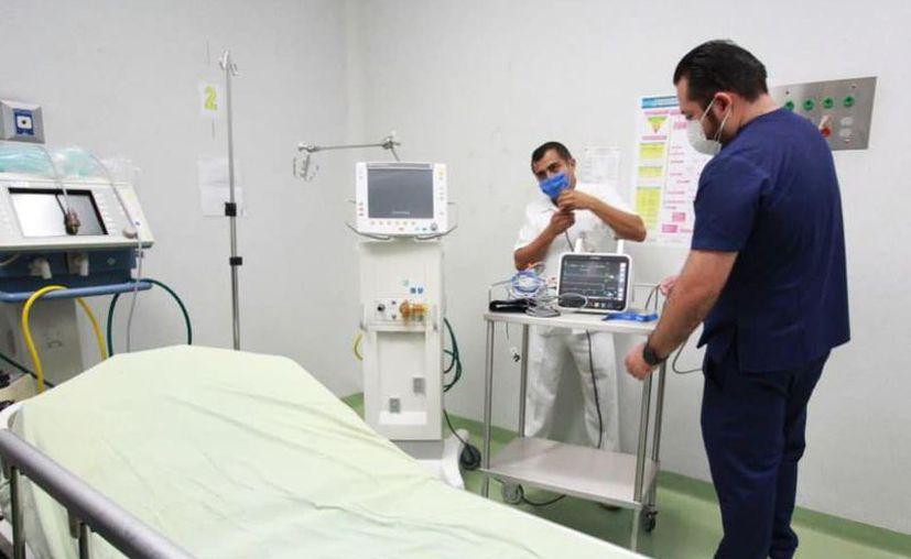 Además del equipamiento al nosocomio, el personal ha contado en todo momento con los insumos necesarios para su protección personal. (Novedades Yucatán)