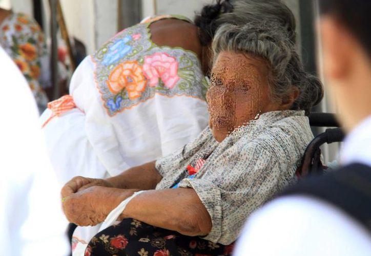 Según la Codhey, en Yucatán uno de cada cuatro adultos mayores sufre de abandono y vive solo. (Archivo/ Milenio Novedades)